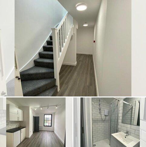 Studio to rent - Bruce Road , Barnet  EN5
