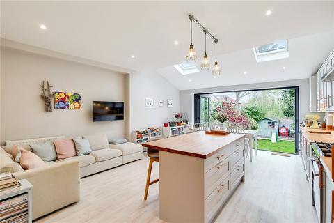 4 bedroom terraced house for sale - Rokesly Avenue, London, N8