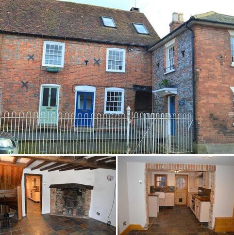 3 bedroom end of terrace house to rent - High Street, Hungerford