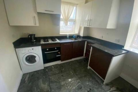 Studio to rent - Northpole Road, North Kensington