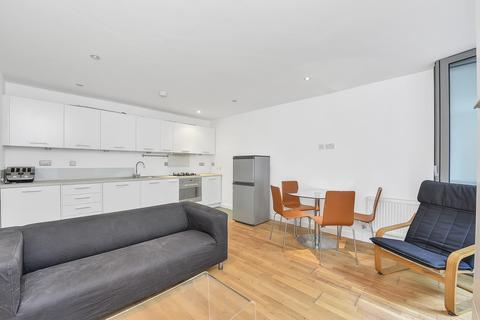 2 bedroom flat to rent - Sandrock Road, London SE13