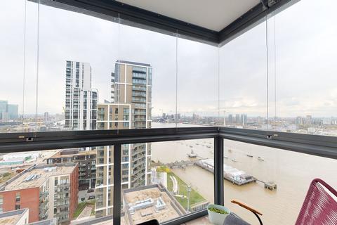 2 bedroom apartment to rent - Barge Walk, London, SE10