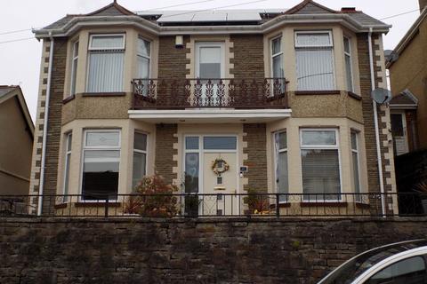3 bedroom detached house for sale - Cwm Cottage Road, Abertillery. NP13 1AT.