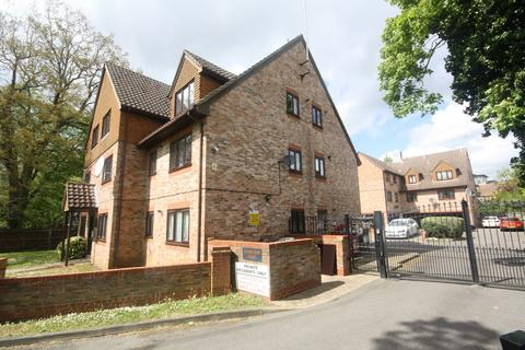 1 bedroom apartment to rent - Moorstown Court, Slough, SL1