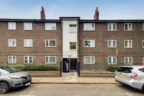 4 bedroom flat to rent - Beaumont Square, London, E1 4LZ