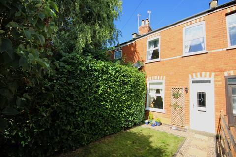2 bedroom terraced house to rent - Naunton Lane, Cheltenham, GL53