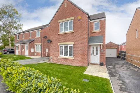 3 bedroom detached house for sale - Albert Drive, Morley