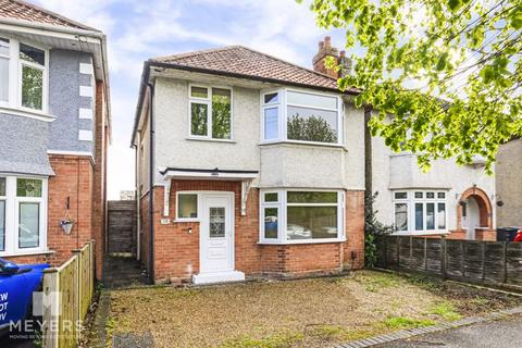 3 bedroom detached house for sale - Warnford Road, Southbourne, BH6