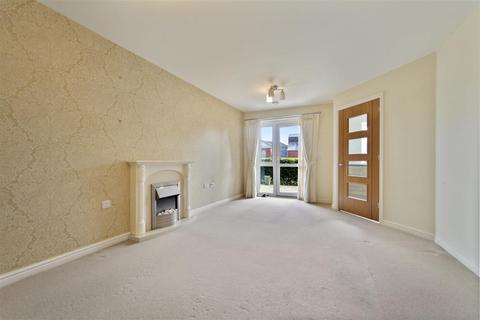 1 bedroom apartment for sale - Dukes Court, Bulford, Wellington
