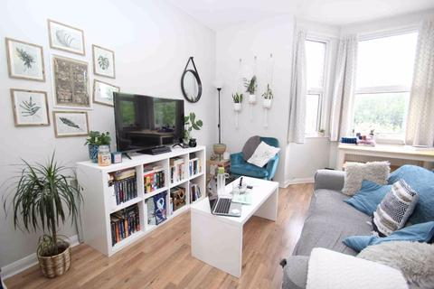 1 bedroom flat to rent - West Hill, London