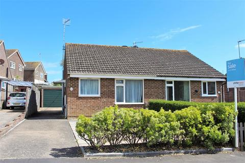 2 bedroom semi-detached bungalow for sale - Sovereign Close, Seaford