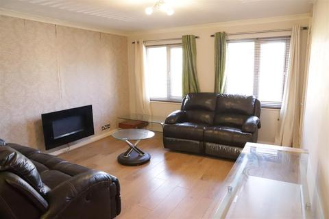 1 bedroom flat to rent - Pippins Close, West Drayton, Middlesex