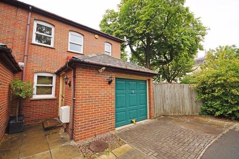 3 bedroom house to rent - Christchurch GL50 3BL