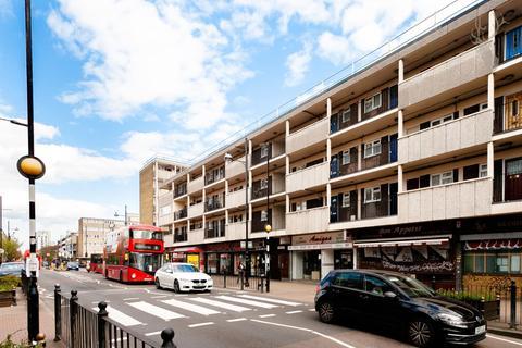3 bedroom duplex for sale - Roman Road, London