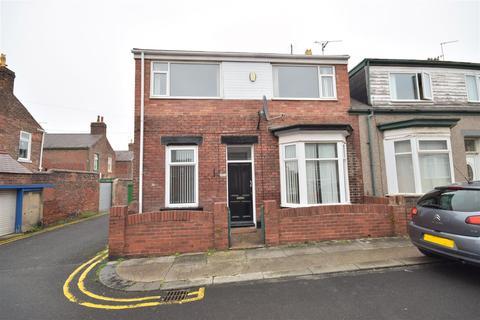 4 bedroom end of terrace house to rent - Greta Terrace, High Barnes, Sunderland