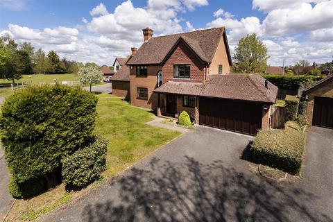 4 bedroom detached house for sale - Oast Lane, Tonbridge