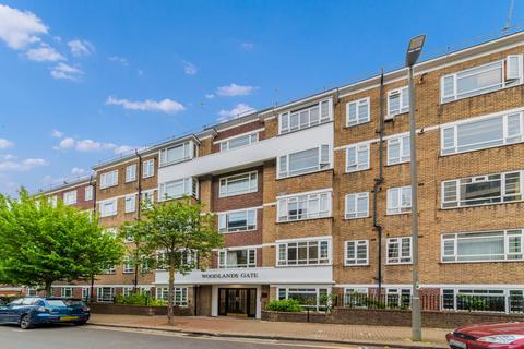 1 bedroom flat to rent - Woodlands Gate, SW15