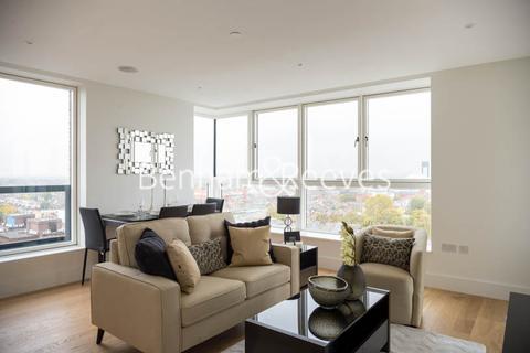 2 bedroom apartment to rent - London Square, Putney, SW15