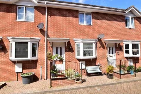 2 bedroom terraced house for sale - Station Avenue, Sandown, Isle of Wight
