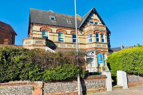 2 bedroom flat for sale - MILL ROAD, Eastbourne BN21