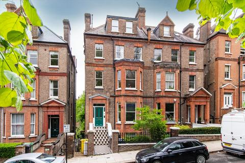 2 bedroom flat for sale - Netherhall Gardens, London, NW3
