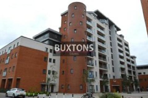 2 bedroom ground floor flat to rent - The Junction, Railway Terrace, Slough, Berkshire. SL2 5AF