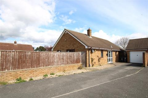 2 bedroom bungalow for sale - Snowdrop Gardens, Christchurch, BH23