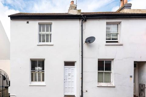 2 bedroom house to rent - St Georges Mews, Brighton