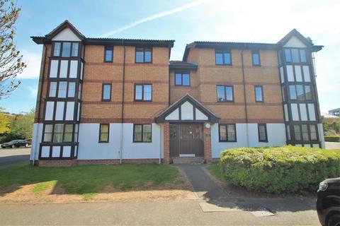 2 bedroom flat to rent - Frobisher Road, Erith, Kent, DA8 2PU