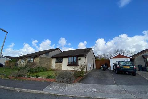 2 bedroom bungalow to rent - Bay View Gardens, Skewen, Neath, West Glamorgan. SA10 6NJ