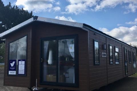 2 bedroom lodge for sale - Billing Aquadrome Holiday Park, Northampton, Northamptonshire