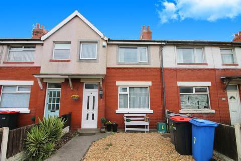 3 bedroom terraced house for sale - Cambridge Road,  Fleetwood, FY7