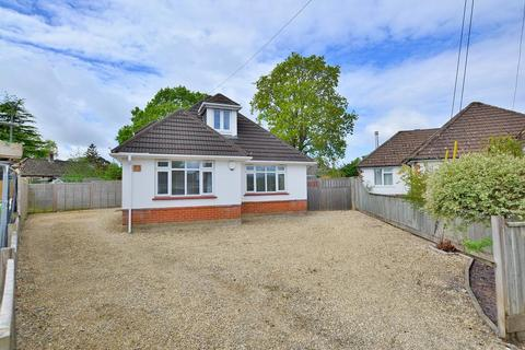 4 bedroom chalet for sale - Penrose Road, Ferndown, BH22 9JF