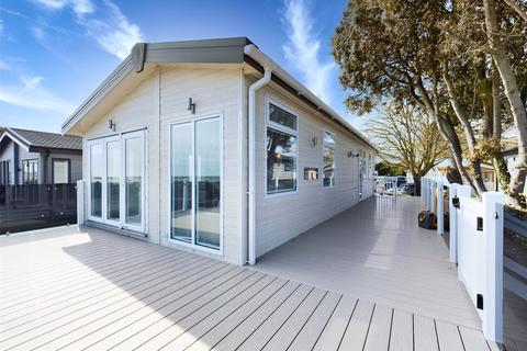 2 bedroom park home for sale - Sandhills Holiday Village, Mudeford, Christchurch, BH23