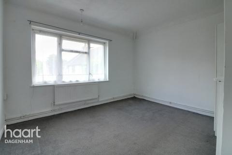 2 bedroom maisonette for sale - Markyate Road, Dagenham