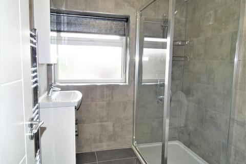 2 bedroom flat to rent - hayes, UB3