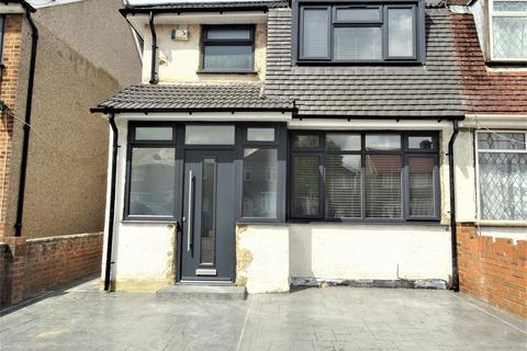 2 bedroom flat to rent - Hayes , ub3