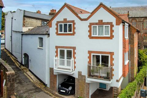 3 bedroom semi-detached house for sale - Brewery Hill, Arundel, BN18