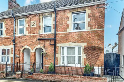 2 bedroom semi-detached house for sale - Wood Street, Aylesbury