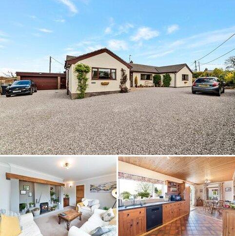 4 bedroom detached bungalow for sale - Groesffordd Marli, Abergele