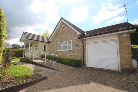 4 bedroom detached bungalow for sale - Cornfield Road, Romiley