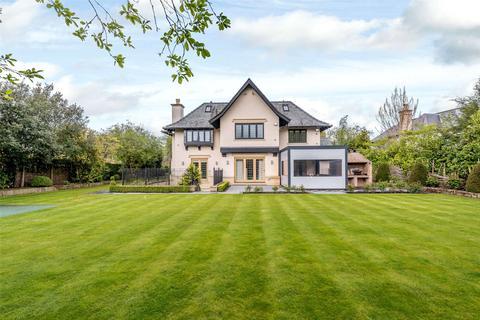 5 bedroom detached house to rent - Park Lane, Hale, Altrincham, Cheshire, WA15