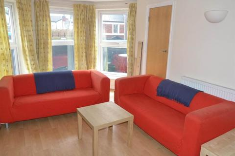 2 bedroom flat to rent - Albany Road, Cathays,