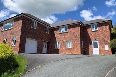 4 bedroom detached house for sale - Canal Road, Newtown, SY16