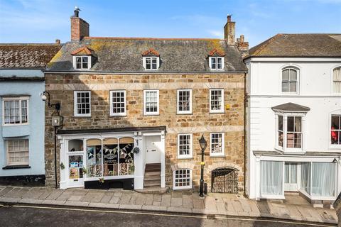 3 bedroom terraced house for sale - Church Street Helston