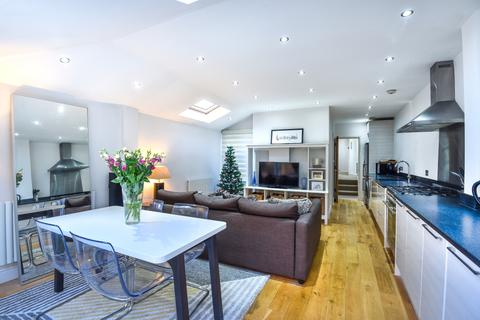 2 bedroom apartment to rent - Rothschild Road Chiswick W4