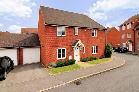 3 bedroom semi-detached house for sale - Buckingham Park, Aylesbury