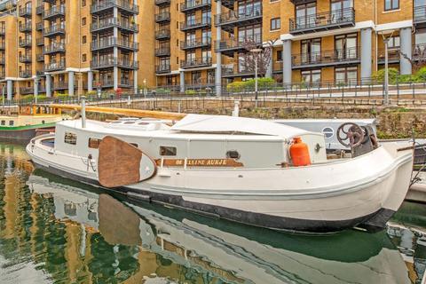 1 bedroom houseboat for sale - St Katharine Docks Marina, Wapping E1W