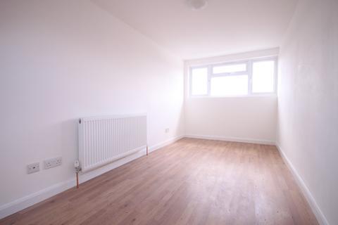 1 bedroom flat to rent - Brecon Road, Enfield, EN3