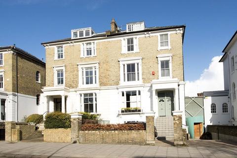 3 bedroom apartment for sale - Haverstock Hill, Belsize Park, London, NW3